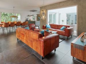 Luxhaus Bungalow Walmdach 172 Wohnzimmer