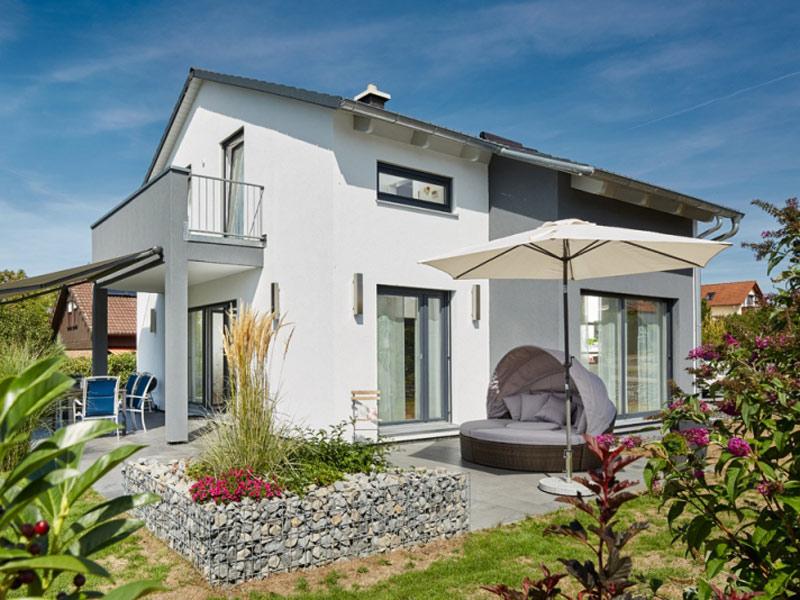 Luxhaus Satteldach Landhaus 143 Terrasse
