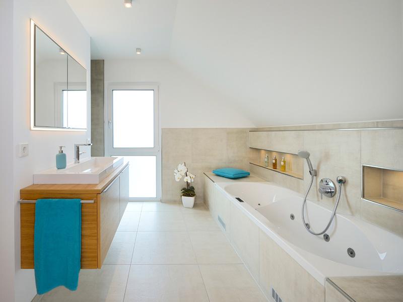 Badezimmer im Musterhaus Life