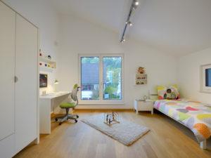 Kinderzimmer im Musterhaus Ulm von Fertighaus Weiss