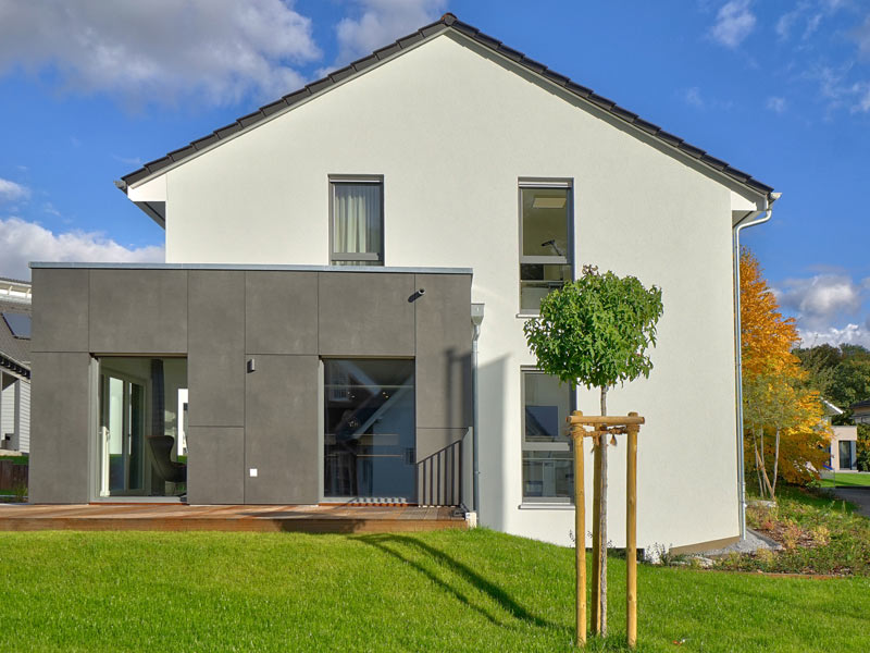 Musterhaus Bad Vilbel Treviso von Helma Aussen Erker