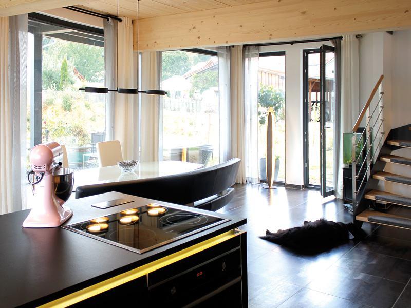 Homestory 824 von Lehner Haus. Kochen und Essen