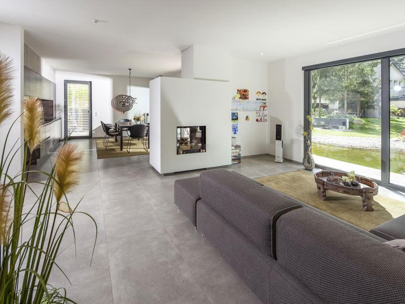 web_Baumeisterhaus-Cornelius_wohnen_Kamin