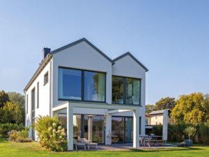 Haus Hildebrand von Baumeister-Haus -Gartenansicht