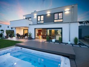 Einfamilienhaus Gerlach von Baumeister-Haus - Terrasse - Pool