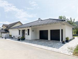 Haus Uhlmann von Baumeister-Haus - Eingang