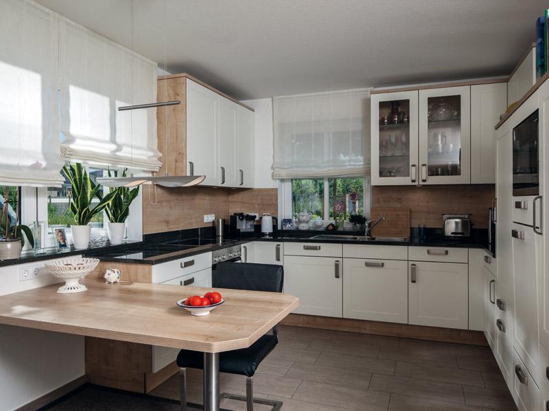 Haus Voss von Baumeister-Haus. Küche