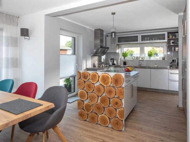 Haus Vahrenholt von Baumeister-Haus - Kochen