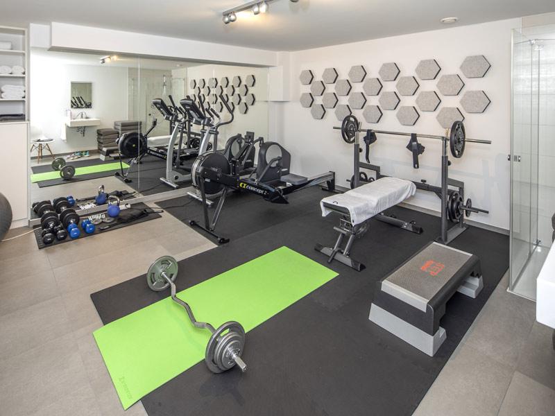 Haus Töpfer von Baumeister-Haus -Fitnessraum