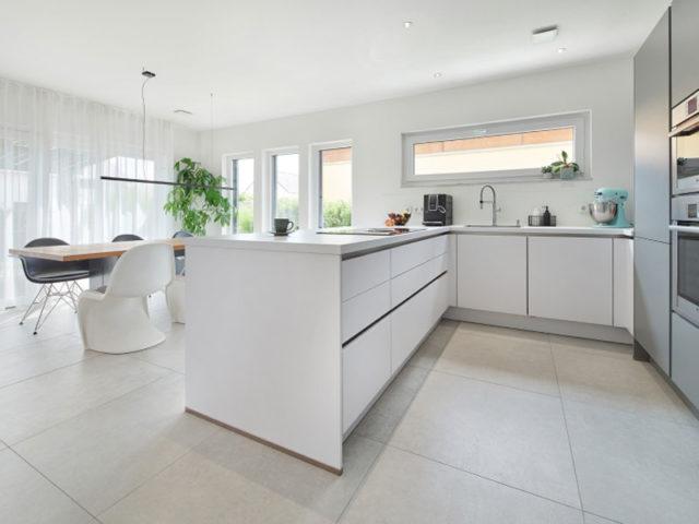 Luxhaus Walmdach 137 - Küche