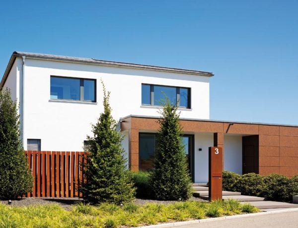 Kundenhaus Häußler von Baufritz aussen_Eingang