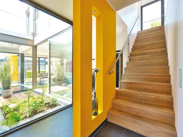Treppe im Haus Valentino von Büdenbender Hausbau