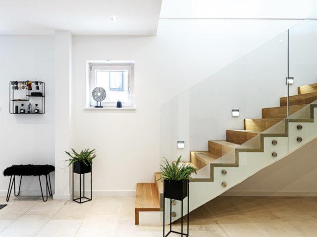 Treppenaufgang im Bungalow Haus Leitinger von Griffnerhaus