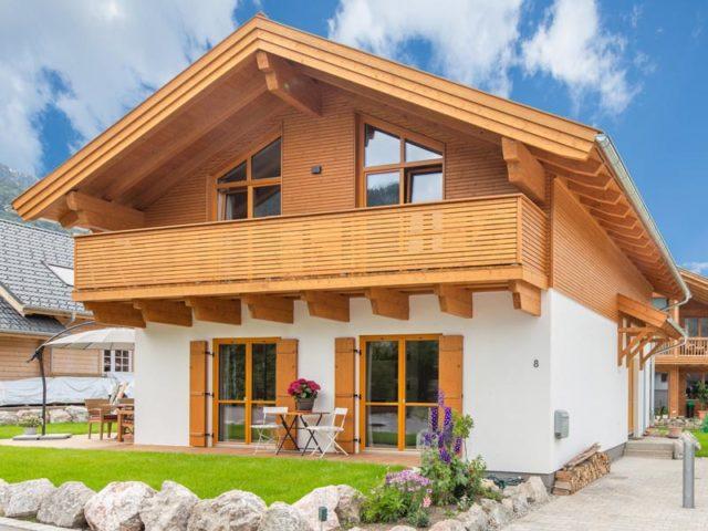 Architektenhaus Grubsee von Isartaler Holzhaus, Eingang, Terrasse