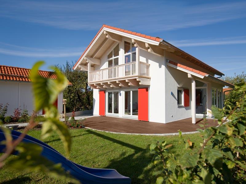 Architektenhaus Gleißental von Isartaler Holzhaus, Garten, Terrasse