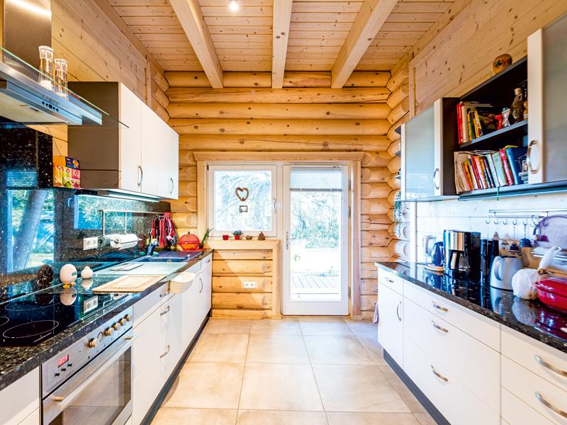 Blockhaus Mikado bel étage von Léonwood Küche